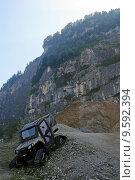 Купить «mountains wheel terrain quad atv», фото № 9592394, снято 20 октября 2018 г. (c) PantherMedia / Фотобанк Лори