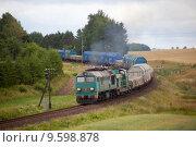 Купить «Freight diesel train», фото № 9598878, снято 18 июня 2019 г. (c) PantherMedia / Фотобанк Лори