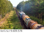 Купить «Freight diesel train», фото № 9609578, снято 18 июня 2019 г. (c) PantherMedia / Фотобанк Лори