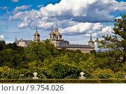 Купить «San Lorenzo de El Escorial Monastery Spires , Spain on a Sunny D», фото № 9754026, снято 18 июня 2019 г. (c) PantherMedia / Фотобанк Лори