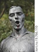 Купить «nature metal statue foot fuss», фото № 9766110, снято 23 января 2019 г. (c) PantherMedia / Фотобанк Лори