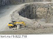 Купить «shovel quarry dredger baumaschinen schaufelbagger», фото № 9822718, снято 24 марта 2019 г. (c) PantherMedia / Фотобанк Лори