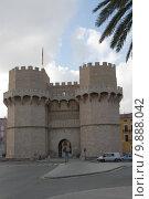 Купить «spain valencia stadttor torres de», фото № 9888042, снято 25 мая 2019 г. (c) PantherMedia / Фотобанк Лори