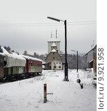 Купить «vehicle train engine station railway», фото № 9921958, снято 18 февраля 2019 г. (c) PantherMedia / Фотобанк Лори