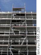 Купить «scaffolding scaffold traverse arbeitsger st», фото № 9951250, снято 23 мая 2019 г. (c) PantherMedia / Фотобанк Лори