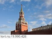 Купить «Спасская башня Московского Кремля», фото № 9990426, снято 16 августа 2015 г. (c) Victoria Demidova / Фотобанк Лори