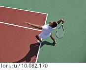 Купить «young man play tennis outdoor», фото № 10082170, снято 18 октября 2019 г. (c) PantherMedia / Фотобанк Лори