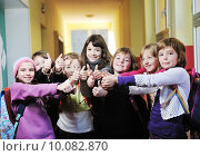 Купить «happy children group in school», фото № 10082870, снято 27 мая 2019 г. (c) PantherMedia / Фотобанк Лори