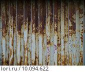 Купить «Rusted Metal Folding Door», фото № 10094622, снято 14 декабря 2017 г. (c) PantherMedia / Фотобанк Лори