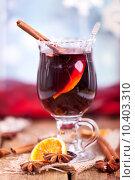 Купить «christmas drink xmas alcohol spices», фото № 10403310, снято 18 октября 2019 г. (c) PantherMedia / Фотобанк Лори