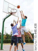 Купить «group of happy teenage friends playing basketball», фото № 10448438, снято 10 августа 2014 г. (c) Syda Productions / Фотобанк Лори