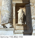 Купить «Развалины античного города Эфес. Турция», фото № 10492110, снято 17 августа 2018 г. (c) Уфимцева Екатерина / Фотобанк Лори
