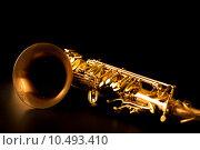 Купить «Tenor sax golden saxophone macro selective focus», фото № 10493410, снято 20 января 2019 г. (c) PantherMedia / Фотобанк Лори