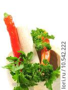 Купить «parsley mortar carrots pestle basilicum», фото № 10542222, снято 5 июля 2020 г. (c) PantherMedia / Фотобанк Лори