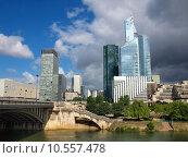 Купить «Skyscrapers of Paris city and Seine river», фото № 10557478, снято 19 июня 2019 г. (c) PantherMedia / Фотобанк Лори