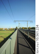 Купить «bridge bridges cologne arched eisenbahnbr», фото № 10561234, снято 17 ноября 2018 г. (c) PantherMedia / Фотобанк Лори