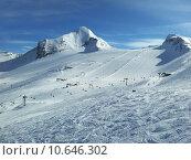 Купить «skiing resort», фото № 10646302, снято 16 июля 2019 г. (c) PantherMedia / Фотобанк Лори