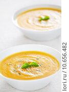 Купить «Pumpkin Soup Bowls», фото № 10656482, снято 18 июля 2019 г. (c) PantherMedia / Фотобанк Лори