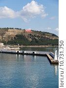 Купить «The crossing through the strait of Dardanelles from Asia to Europe», фото № 10731750, снято 25 мая 2019 г. (c) PantherMedia / Фотобанк Лори