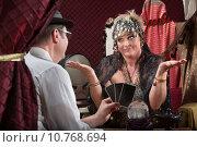 Купить «Gullible Fortune Teller», фото № 10768694, снято 27 мая 2019 г. (c) PantherMedia / Фотобанк Лори