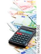 Купить «euro banknotes and calculator», фото № 10805002, снято 24 июня 2019 г. (c) PantherMedia / Фотобанк Лори