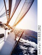 Купить «Luxury yacht in action», фото № 10833282, снято 18 декабря 2017 г. (c) PantherMedia / Фотобанк Лори