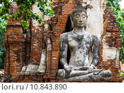Купить «Ancient temple with ruins buddha», фото № 10843890, снято 23 марта 2019 г. (c) PantherMedia / Фотобанк Лори