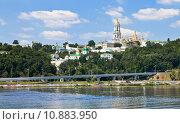 Купить «view of Kiev Pechersk Lavra», фото № 10883950, снято 21 октября 2018 г. (c) PantherMedia / Фотобанк Лори