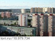 Купить «Спальный район Санкт-Петербурга», фото № 10979734, снято 1 августа 2015 г. (c) Ирина Новак / Фотобанк Лори