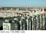Купить «Спальный район», фото № 10980126, снято 1 августа 2015 г. (c) Ирина Новак / Фотобанк Лори