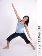 Купить «Beautiful Young Brunette Woman Practicing Yoga Meditation Pose», фото № 11049314, снято 24 июня 2019 г. (c) PantherMedia / Фотобанк Лори