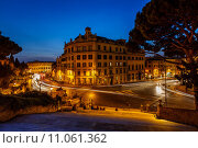 Купить «Marcello Theater and Traffic Trails on Via Marcello, View from Capitoline Hill, Rome, Italy», фото № 11061362, снято 18 марта 2019 г. (c) PantherMedia / Фотобанк Лори