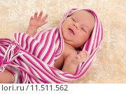 Купить «smiling newborn baby», фото № 11511562, снято 21 августа 2018 г. (c) PantherMedia / Фотобанк Лори