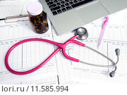 Купить «stethoscope and labtop and other medical object», фото № 11585994, снято 19 декабря 2018 г. (c) PantherMedia / Фотобанк Лори