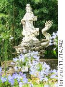 Купить «Sculptures of Chinese gods. (Kuan Yin) in the park.», фото № 11714942, снято 19 августа 2018 г. (c) PantherMedia / Фотобанк Лори