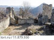 Купить «Развалины крепости Уджарма, III век до н.э. Грузия», фото № 11879930, снято 3 марта 2015 г. (c) Юлия Батурина / Фотобанк Лори