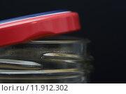 Купить «Half open jar close up», фото № 11912302, снято 16 октября 2018 г. (c) PantherMedia / Фотобанк Лори