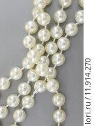 Купить «A close up shot of a pearl necklace», фото № 11914270, снято 16 октября 2018 г. (c) PantherMedia / Фотобанк Лори