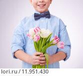 Tulips for mom. Стоковое фото, фотограф Dmitriy Shironosov / PantherMedia / Фотобанк Лори