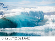 Купить «Reflections in Jokulsarlon lagoon, Iceland, in June», фото № 12021642, снято 21 марта 2019 г. (c) PantherMedia / Фотобанк Лори
