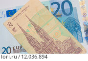 Купить «Euro - Dinar - Better Before or After», фото № 12036894, снято 27 апреля 2018 г. (c) PantherMedia / Фотобанк Лори