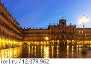 Купить «Plaza Mayor at Salamanca in mornig», фото № 12079962, снято 18 ноября 2014 г. (c) Яков Филимонов / Фотобанк Лори
