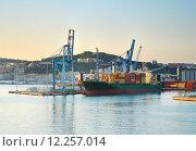 Купить «Shipping to Italy», фото № 12257014, снято 27 января 2020 г. (c) PantherMedia / Фотобанк Лори