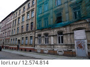 Halle an der Saale, Germany, greatly decayed and sanierungsbeduerftige houses (2014 год). Редакционное фото, агентство Caro Photoagency / Фотобанк Лори
