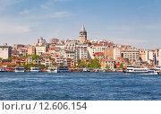Купить «Вид на Стамбул с залива Золотой Рог», фото № 12606154, снято 12 мая 2015 г. (c) Наталья Волкова / Фотобанк Лори