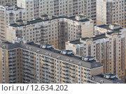 Купить «Вид сверху на типовые панельные дома спального района города в России», фото № 12634202, снято 24 июля 2012 г. (c) Николай Винокуров / Фотобанк Лори