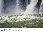 Бурная вода у подножия водопада. Стоковое фото, фотограф Anya Stogova / Фотобанк Лори