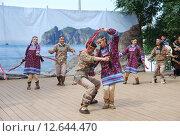Купить «Ительмены. Танец. Камчадалы. Малые народности России», эксклюзивное фото № 12644470, снято 4 сентября 2015 г. (c) syngach / Фотобанк Лори