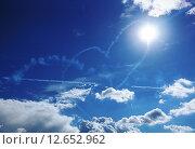 Сердце в небе. Стоковое фото, фотограф Елена Антипина / Фотобанк Лори