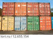 Купить «Грузовые контейнеры», эксклюзивное фото № 12655154, снято 7 мая 2015 г. (c) Алёшина Оксана / Фотобанк Лори